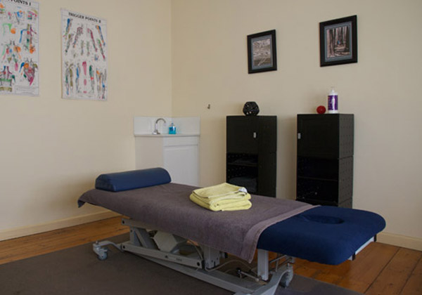 osteopathy-room-image
